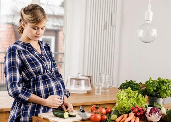 بهترین تغذیه دوران بارداری 1
